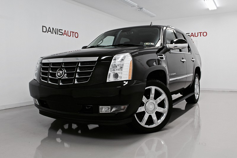 Pre Owned Cadillac Escalade Suv Awd Sport Utility In