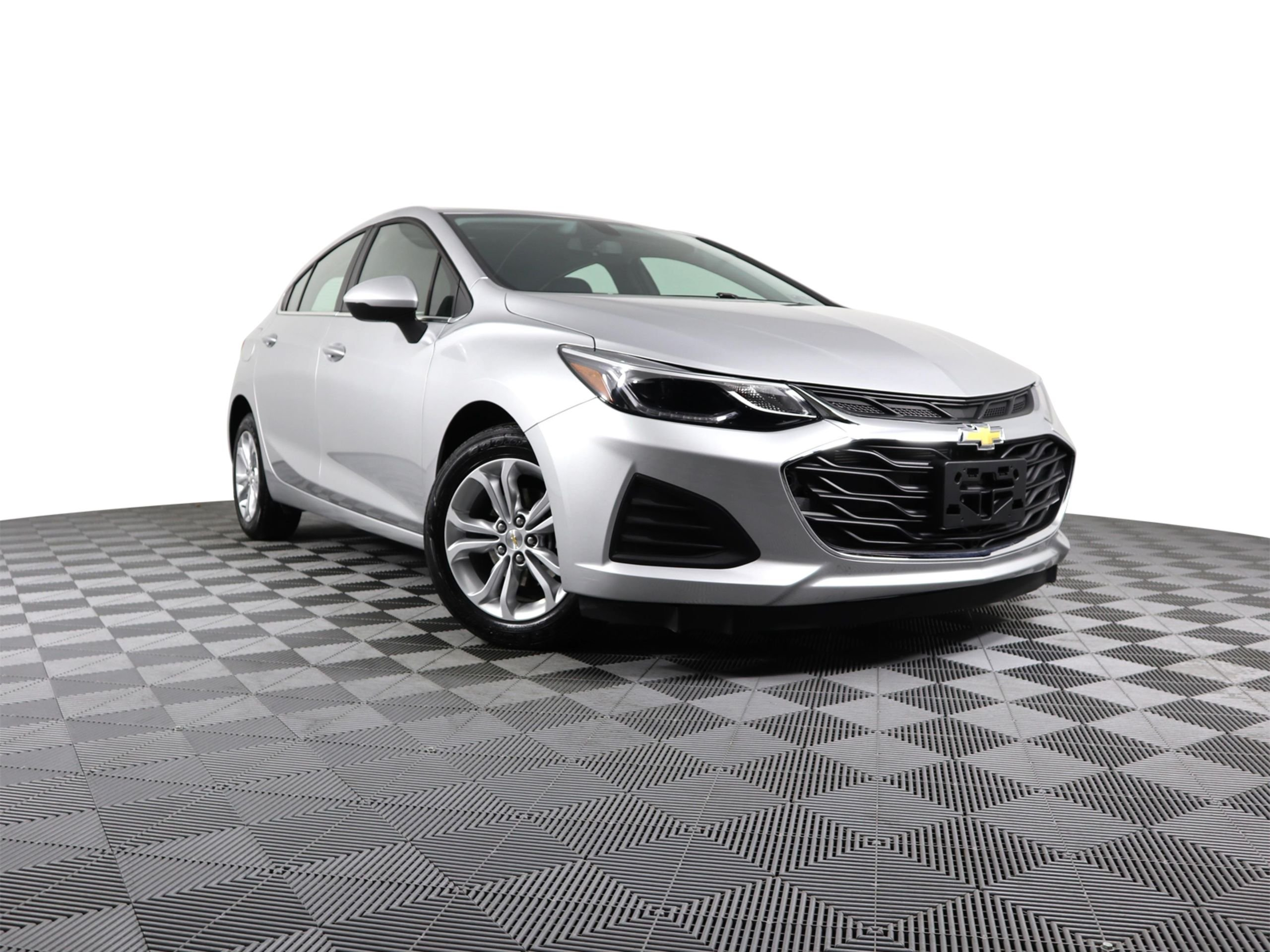 Pre Owned 2019 Chevrolet Cruze Lt Hatchback In Philadelphia 12478
